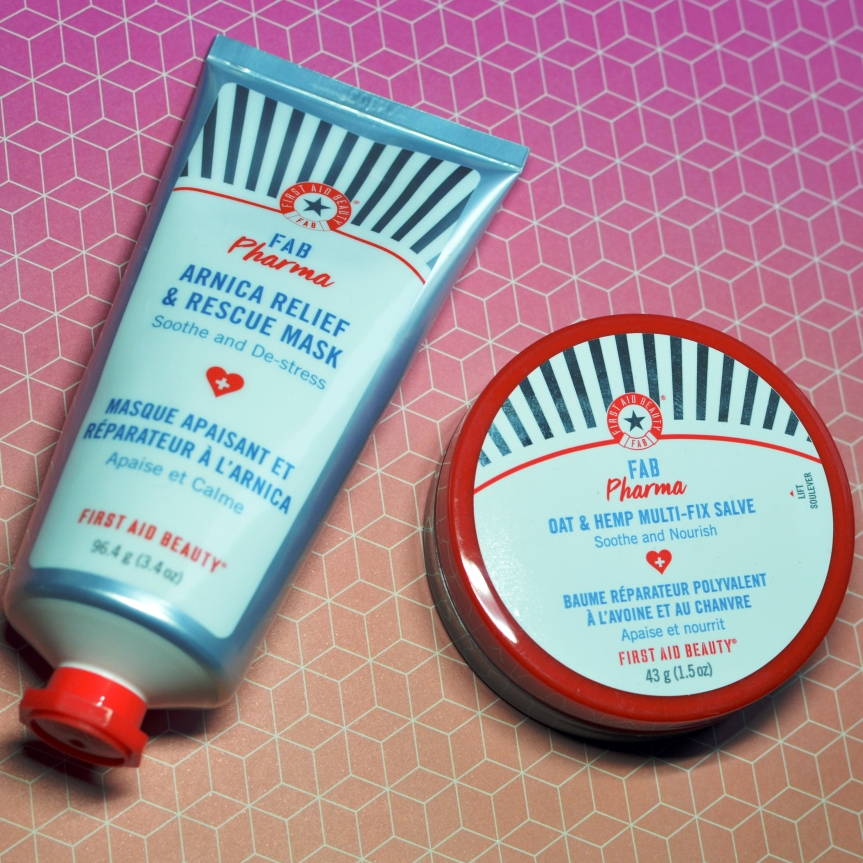 FIRST AID BEAUTY PHARMA RELIEF & RESCUE LINE
